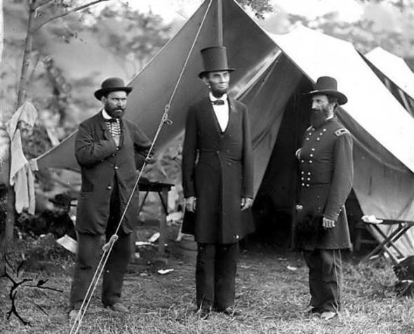 Abraham-Lincoln-Antietam-Battlefield