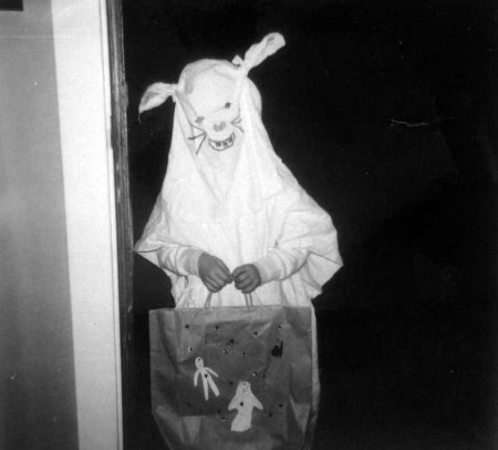 vintage creepy hallo bunny